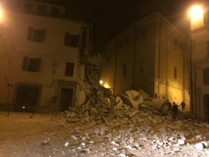 crollo_camerino_terremoto26-ottobre