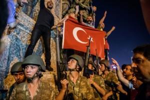 turchia-golpe-folla-770x513
