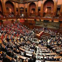insediamento-parlamento_mangialavori