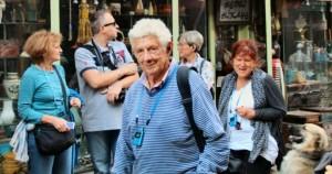 Piero-Scaramucci-e-Maby-per-le-strade-di-Balat_copertina-720x380